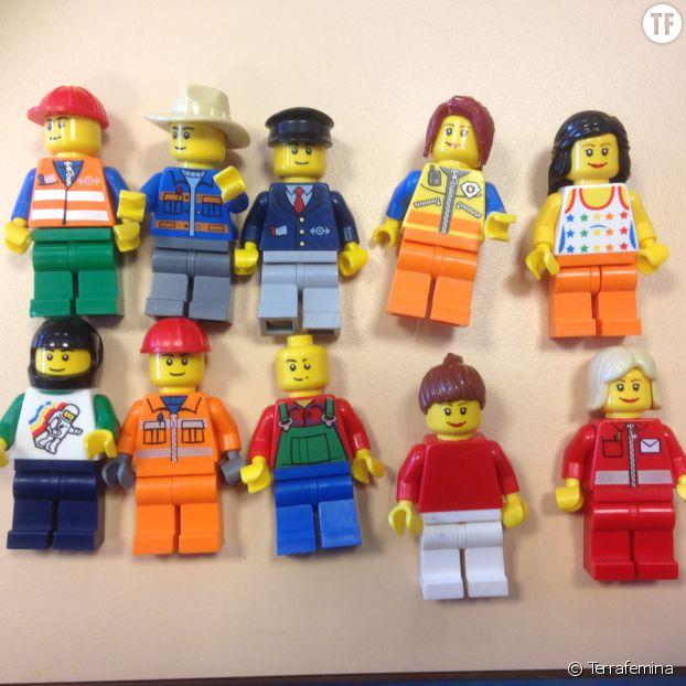 Lego Education 9333 : les filles souriantes...