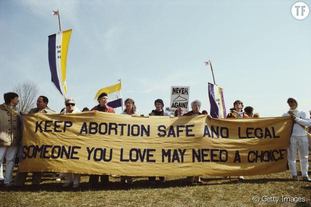Les femmes se battent pour protéger leurs droits