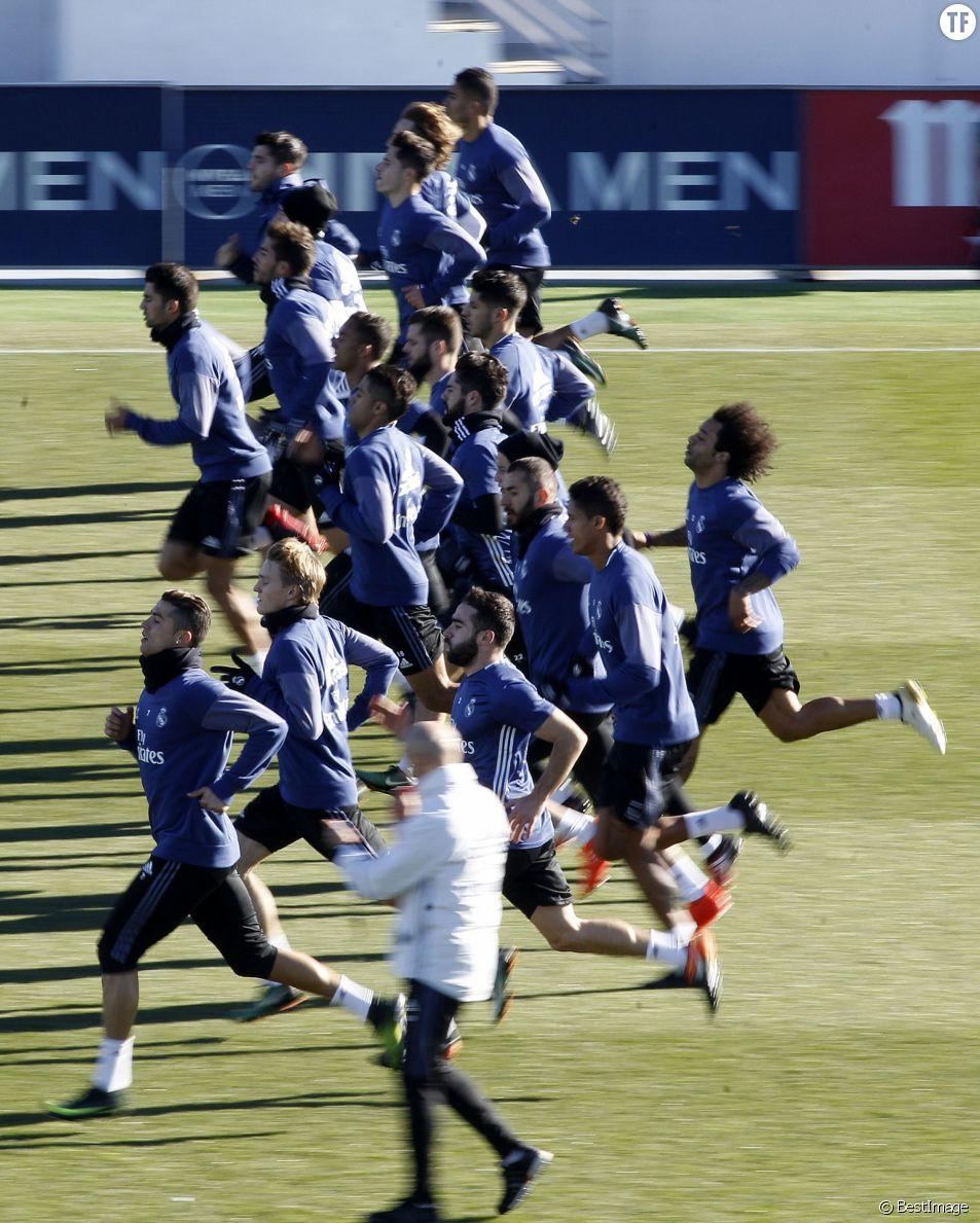Entraînement de l'équipe du Real Madrid à Madrid le 30 décembre 2016