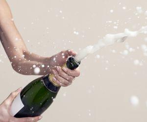 Vous avez toujours ouvert une bouteille de champagne de la mauvaise manière