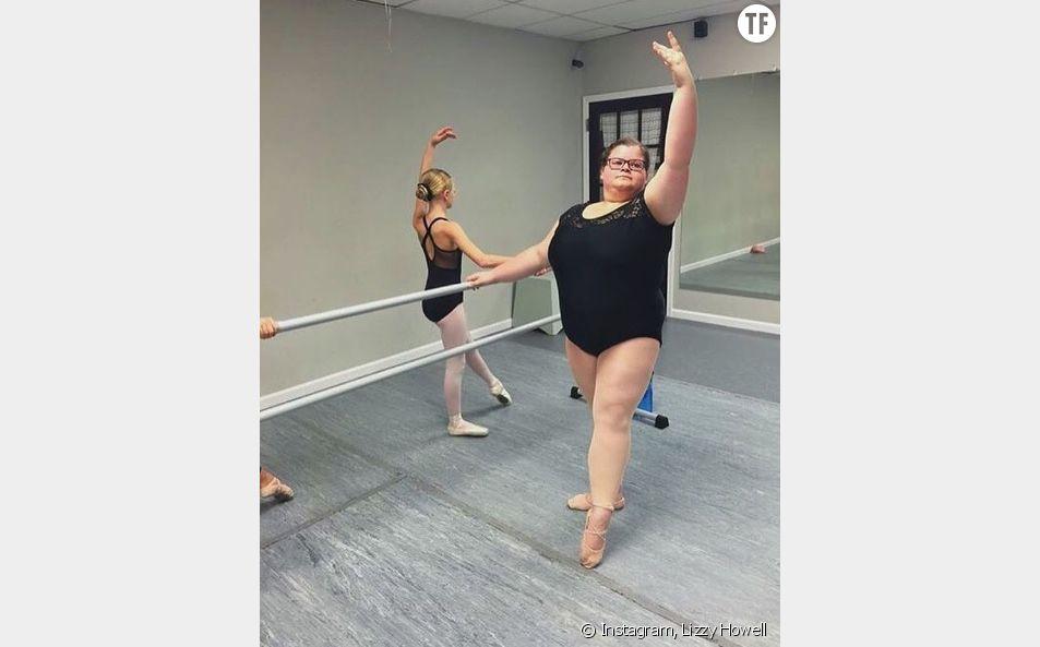 """Lizzy Howell, la ballerine qui redéfinit le fameux """"corps de ballerine"""""""