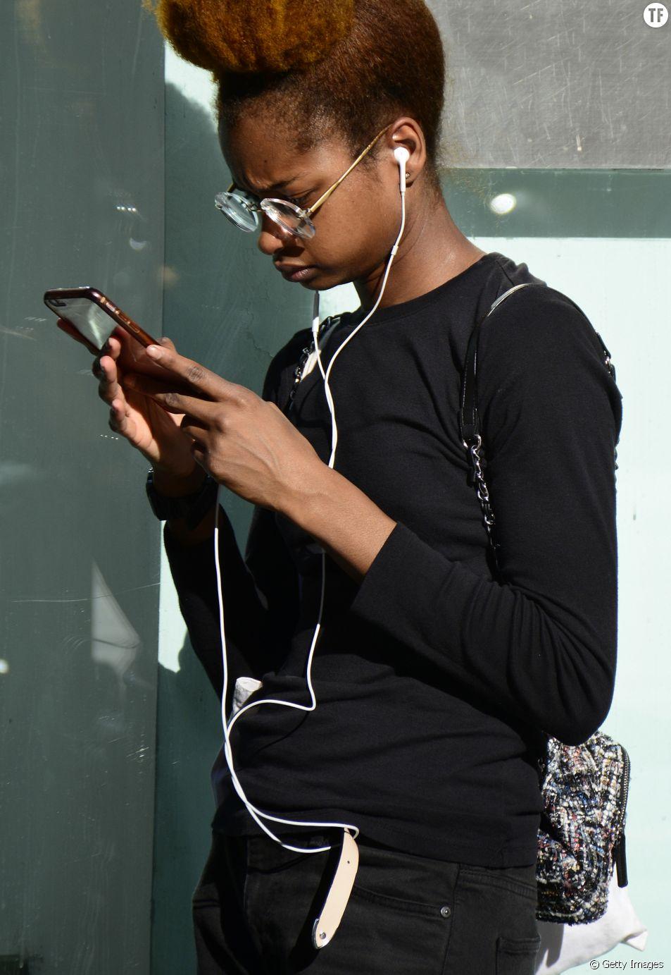 Les femmes noires ont plus de chances d'être cyber-harcelées