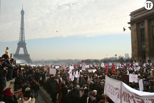 Plus de 2000 personnes rassemblées à Paris pour la Women's March en 2017