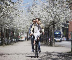 """Pourquoi embrasser le """"pyt"""", le lâcher-prise danois"""