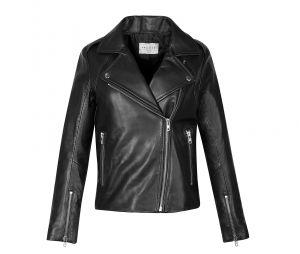 La veste en cuir est-elle l'uniforme des femmes de pouvoir ?