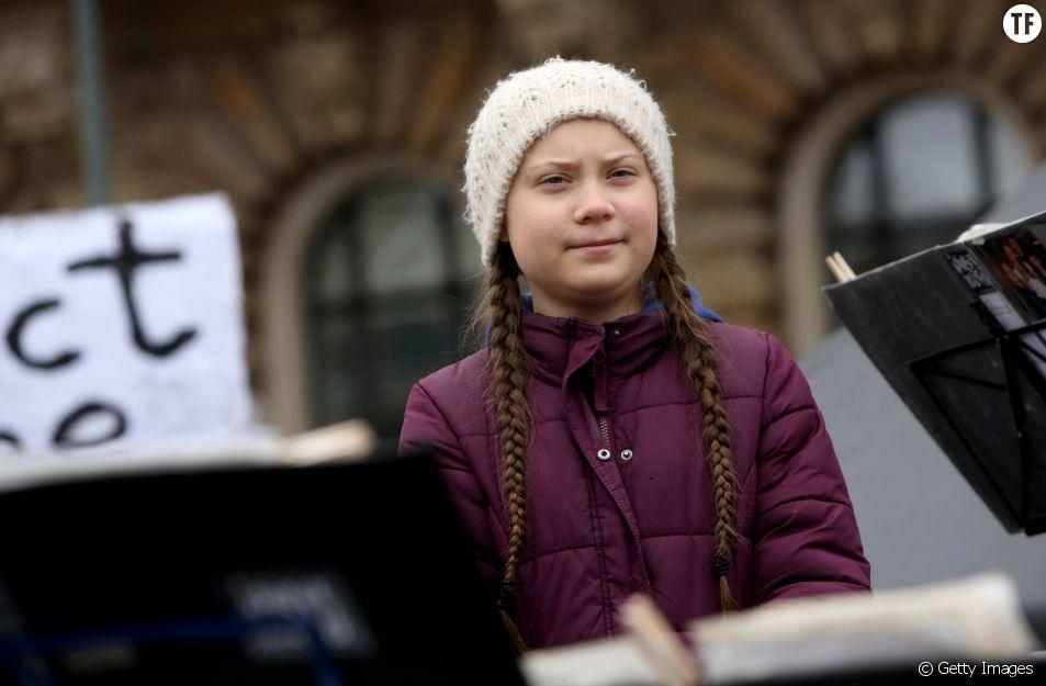 Greta Thunberg lors d'une grève pour le climat à Hambourg le 1er mars 2019