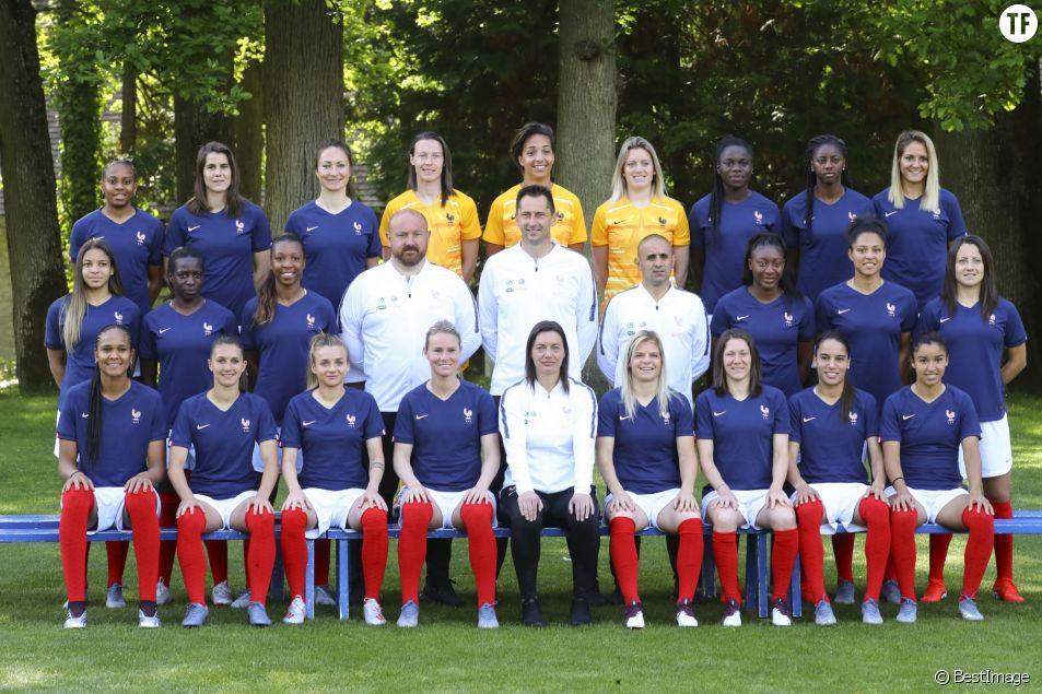 Les 23 joueuses de l'équipe de France féminine de football