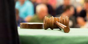 Une jeune Salvadorienne perd son bébé, un tribunal requiert 40 ans de prison