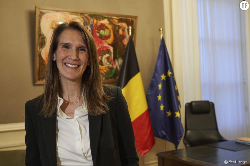 Sophie Wilmès lors de sa passation de pouvoir avec Charles Michel, à Bruxelles le 27 octobre 2019.