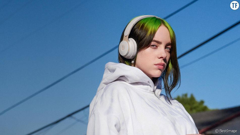 "Le ""strip-tease"" puissant de Billie Eilish contre le body-shaming"