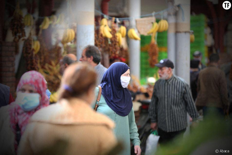 Les mères d'enfants de moins de 15 ans interdites de déconfinement ? La Tunisie rétropédale