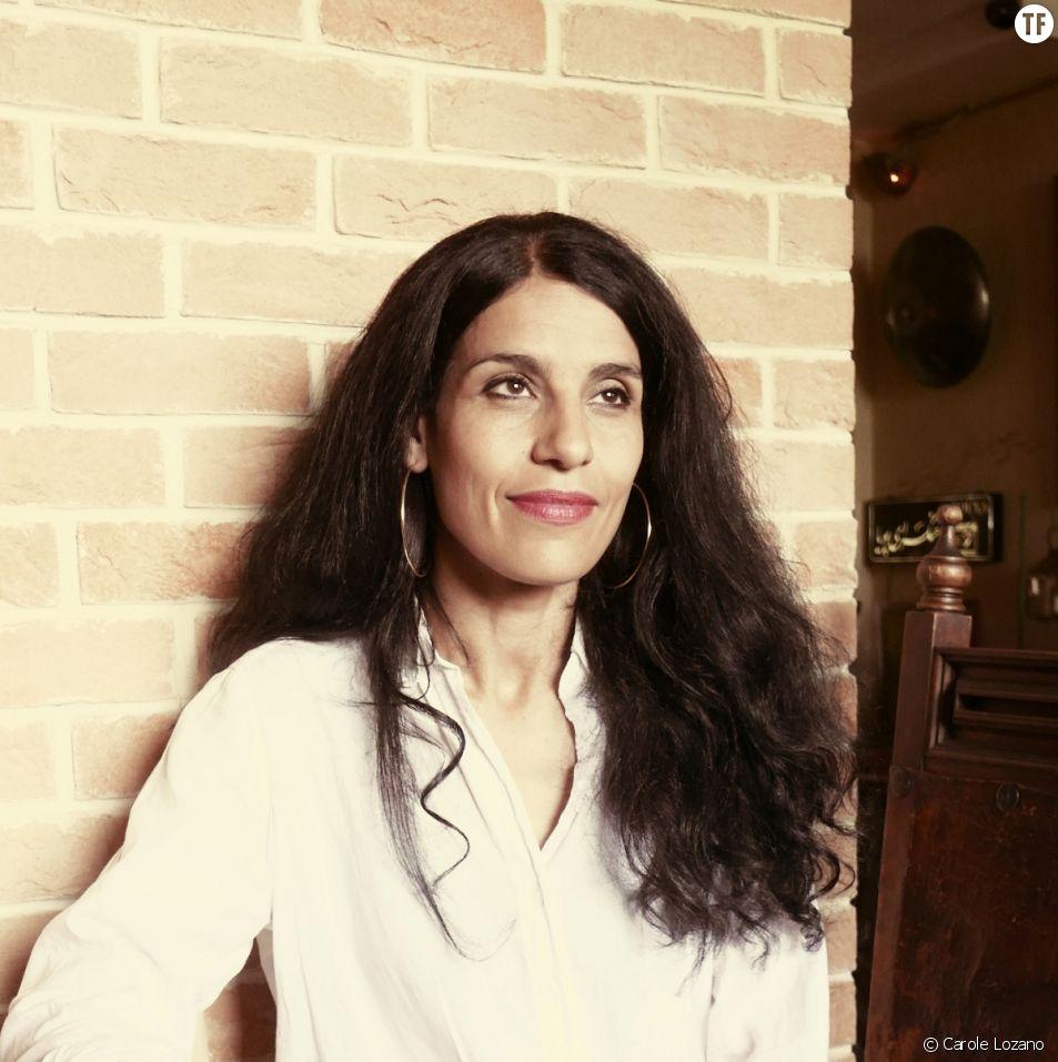 """Fatima Ouassak relate """"La puissance des mères""""."""