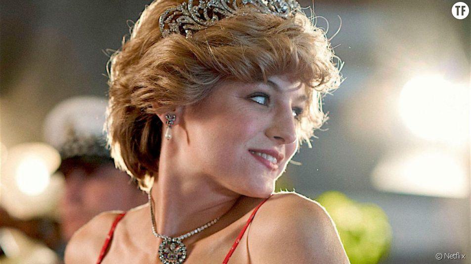 """Emma Corrin en Diana dans """"The Crown"""""""