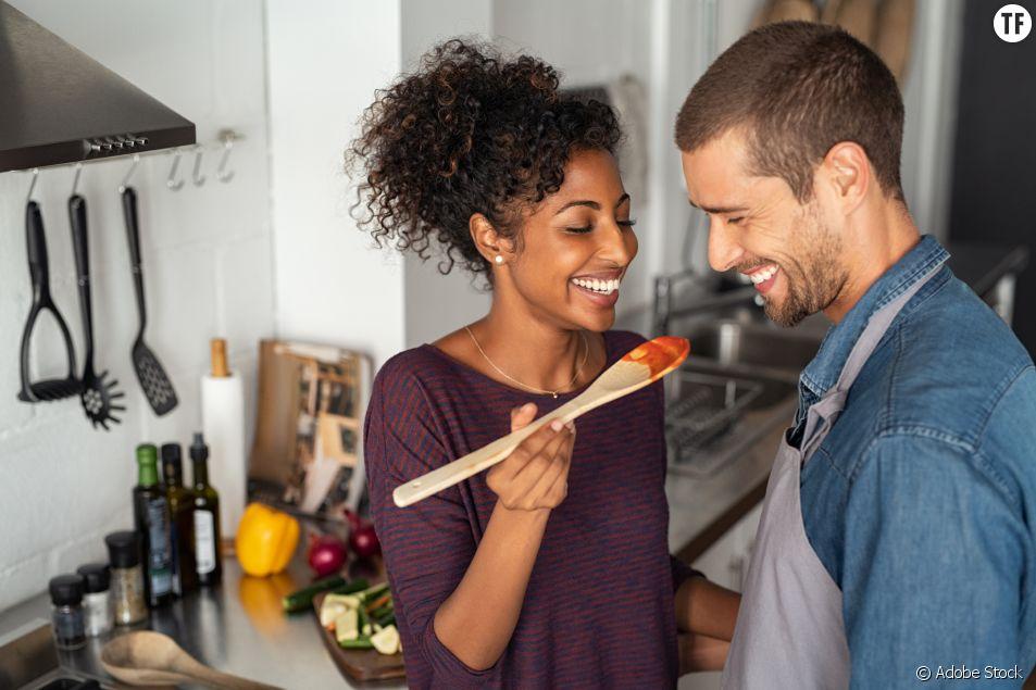"""Pour 29 % des hommes, le rôle premier de la femme est... """"de prendre soin de son mari"""""""