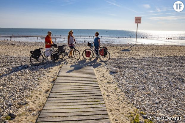 Vélos sur la plage du Havre