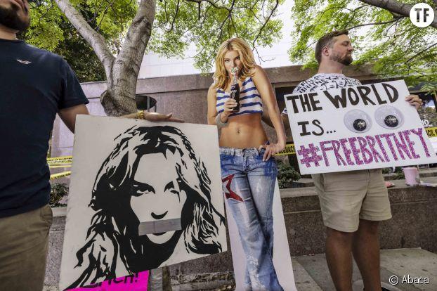 Des militants du mouvement #FreeBritney.