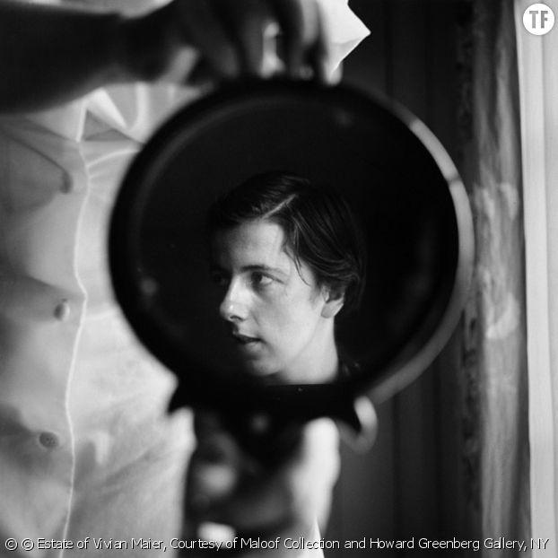 Vivian Maier, la gouvernante qui était (aussi) une photographe de génie [Sans lieu, 1955]