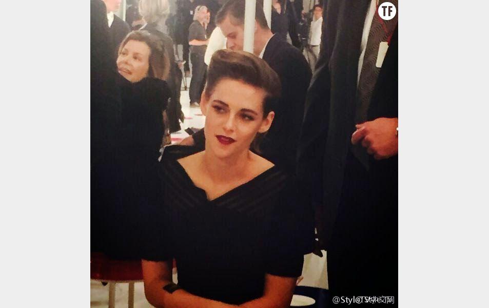 Kristen Stewart au défilé Chanel Cruise à Séoul le lundi 4 mai 2015
