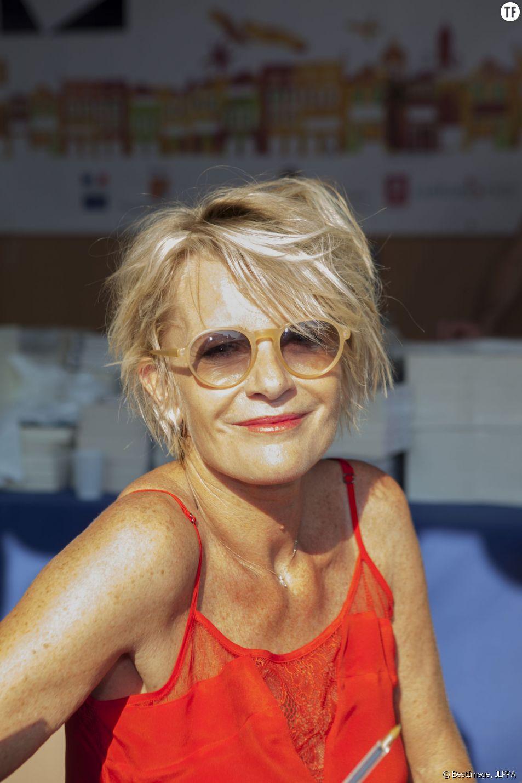 Sophie Davant, rayonnante au festival de Montecarlo le 6 juin dernier