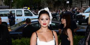 Selena Gomez : les nouvelles images sexy de son clip ultra hot