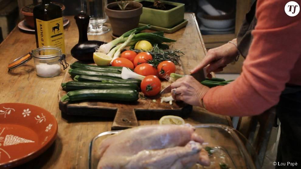 Lou Papé met un point d'honneur à sélectionner des produits frais et de saison pour retrouver le goût des plats d'antan.