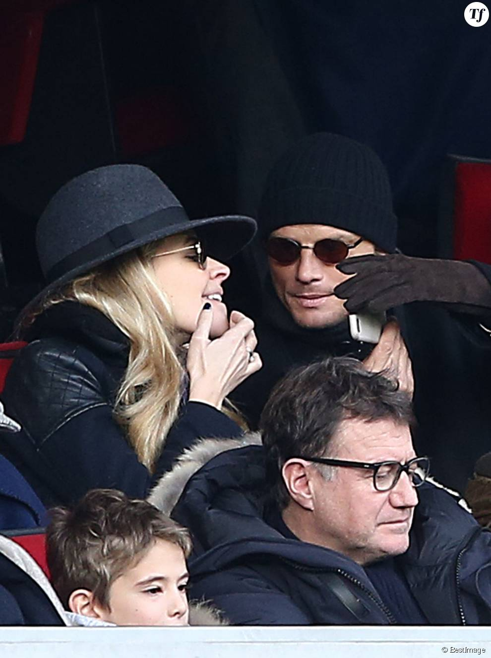 Arnaud Lemaire en compagnie de Carine Galli (Journaliste/Présentatrice sportive) - People au match de de la ligue 1 entre le PSG et Evian au Parc des Princes à Paris le 18 janvier 2015.