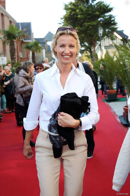 Alexandra Lamy - Les membres du jury posent lors de l'édition 2015 du Festival du Film Britannique de Dinard, le 2 octobre 2015.