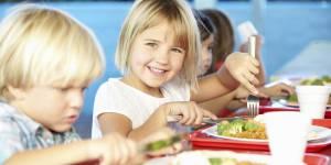 Faut-il instaurer un menu végétarien dans les cantines ?