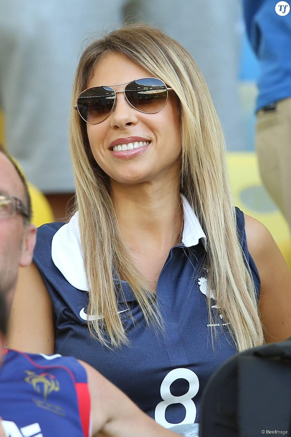 Fanny Valbuena - Les femmes des joueurs de l'équipe de France assistent au match France - Equateur à Rio de Janeiro au Brésil le 25 juin 2014.