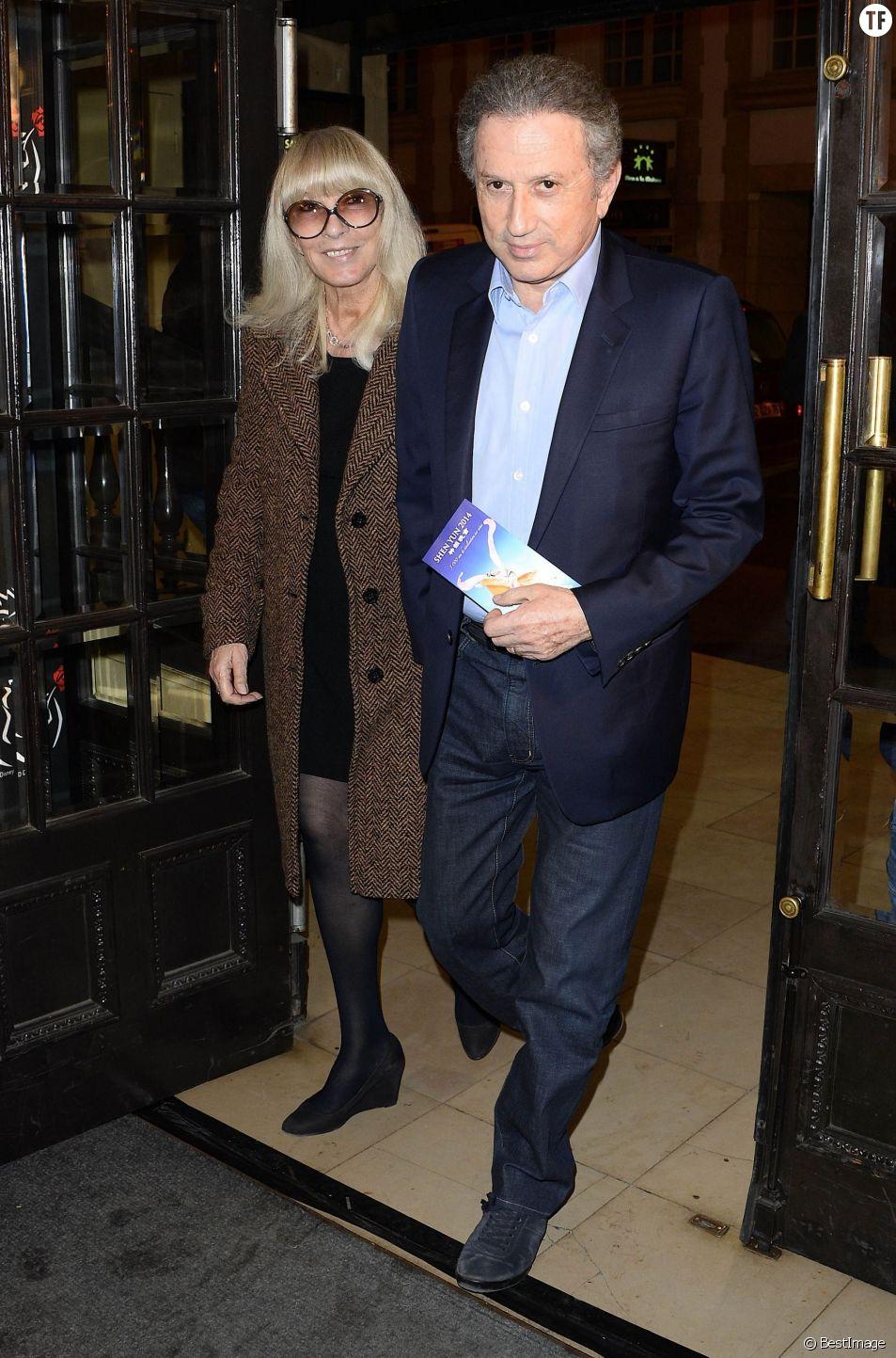 """Dany Saval et son mari Michel Drucker - Première de la comédie musicale """"La Belle et la Bête"""" avec Vincent Niclo dans le rôle de la Bête au théâtre Mogador à Paris le 20 mars 2014."""