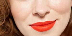 Pourquoi il faudrait porter du rouge à lèvres rouge (selon la science)