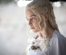 Game of Thrones saison 6 : Emilia Clarke (Daenerys) tease le retour de Jon Snow