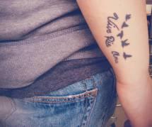 15 adorables tatouages qui passeront inaperçus au bureau