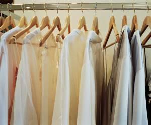 Pourquoi nous devrions porter tous les jours les mêmes vêtements au boulot