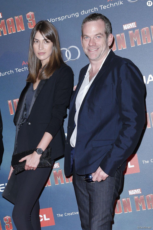 """Garou et sa compagne Stephanie Fournier Avant première Parisienne de """"Iron Man 3"""" au Grand Rex le 14 avril 2013"""