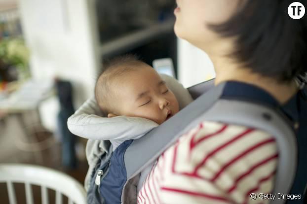 Le porte-bébé, un indispensable