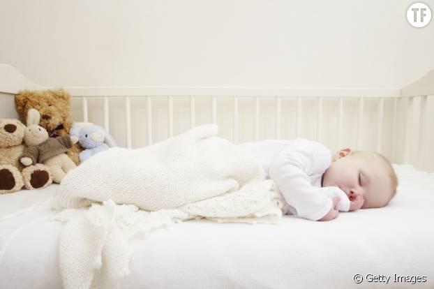 Une gigoteuse pour dormir en toute sécurité