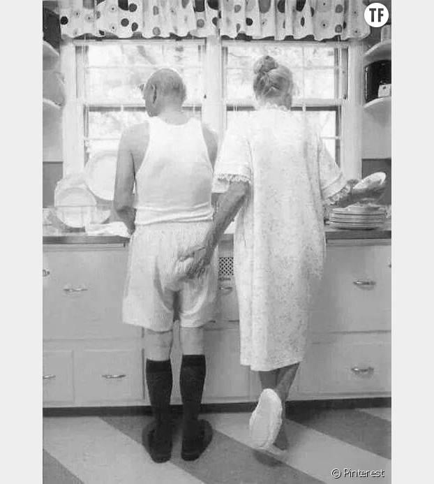 Surtout quand il fait la vaisselle