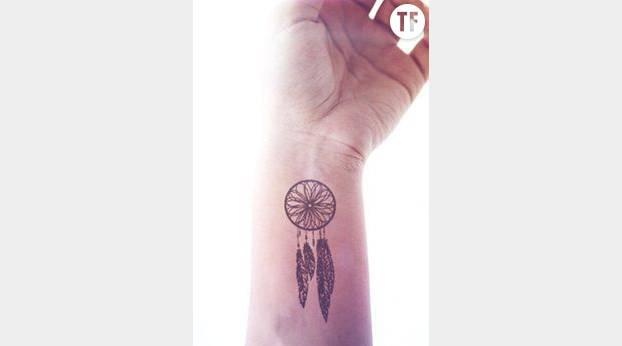 20 Jolies Idees De Tatouages Au Poignet Terrafemina