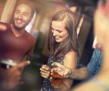 """""""Arrêtez de boire si vous voulez faire l'amour"""" : le message moralisateur adressé aux Américaines"""