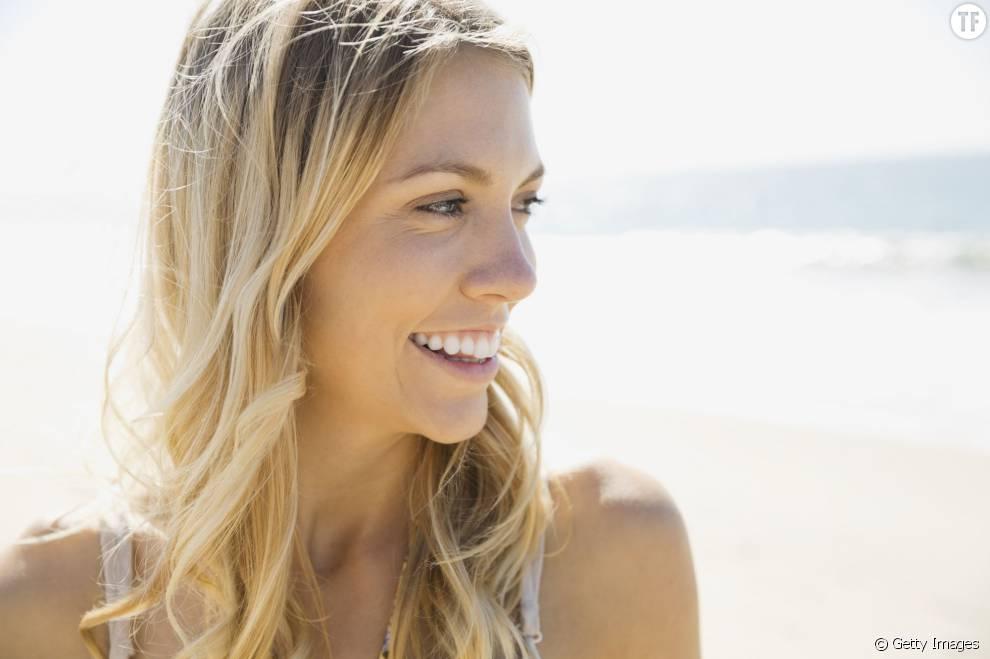 7 façons naturelles d'éclaircir ses cheveux pour leur donner un coup de soleil