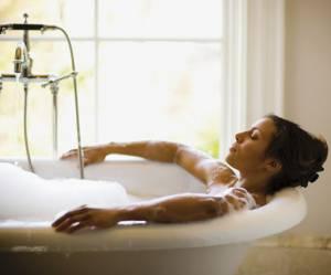 Les 10 bienfaits insoupçonnés d'un bain pour la santé