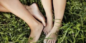 8 bonnes raisons d'ôter tout de suite vos chaussures