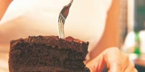 Manger du gâteau au chocolat au petit déj boosterait notre cerveau et notre santé