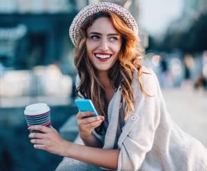 Les 8 petits secrets des femmes qui sont toujours de bonne humeur