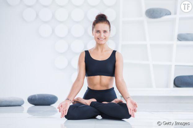 La respiration assise, idéale pour assouplir le périnée et apprendre à respirer avec le ventre