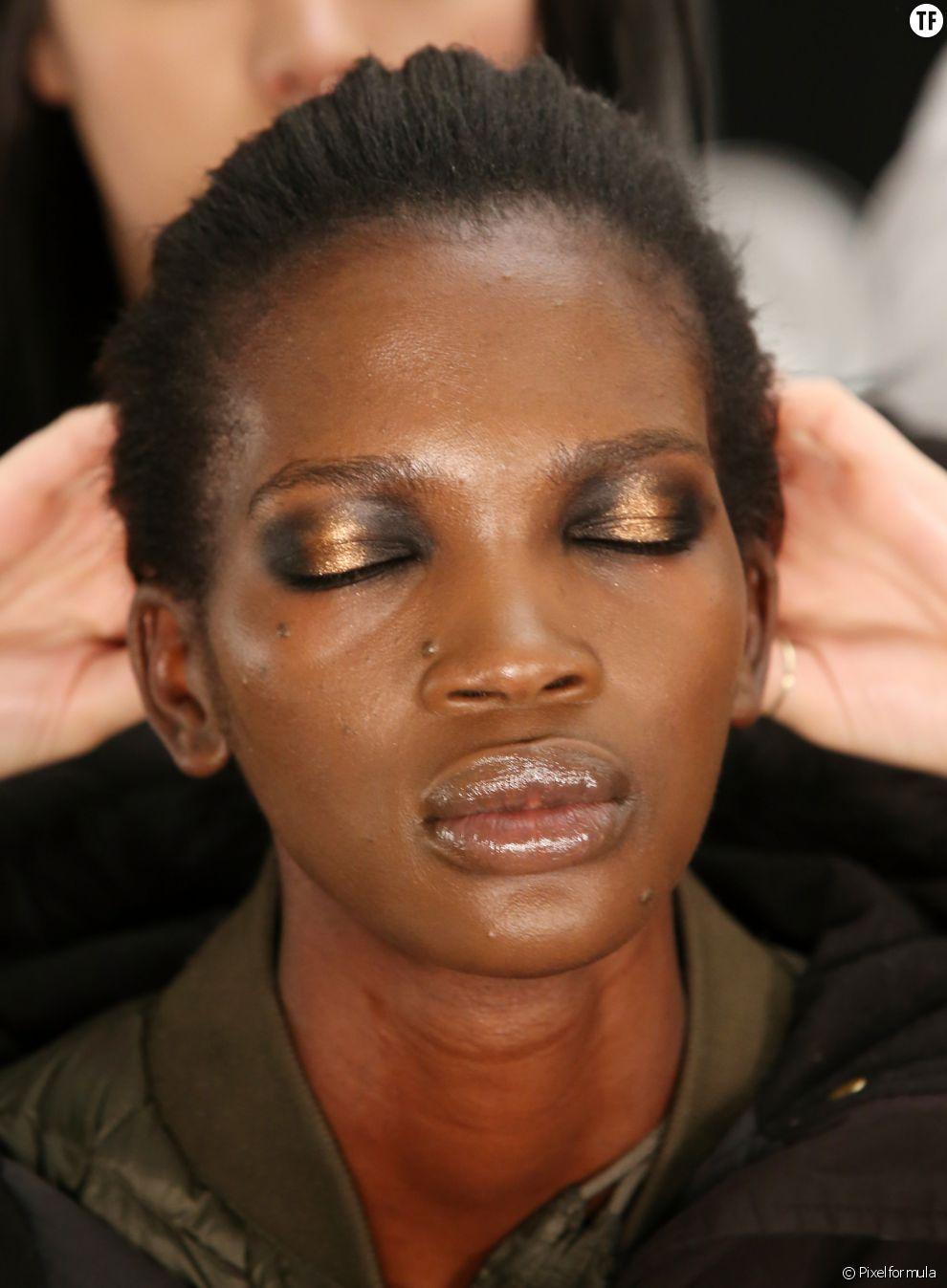 Le regard cuivré : l'option idéale pour les peaux noires et mates !
