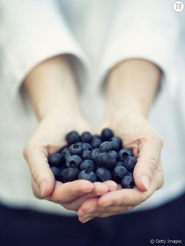 Les antioxydants des myrtilles sauveront vos ongles de la casse