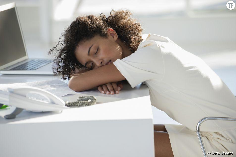 Faire des micro-siestes au travail : une habitude à prendre ?