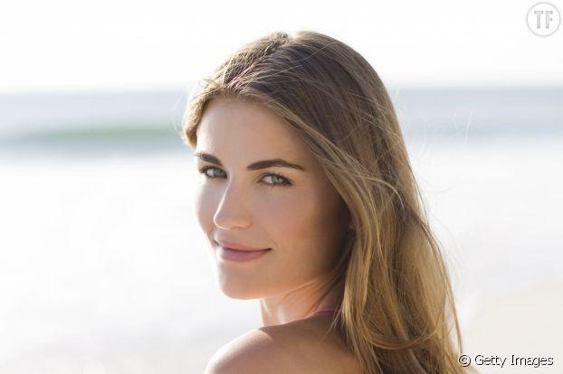 Pour un blush naturel et irisé, utilisez du baume à lèvres